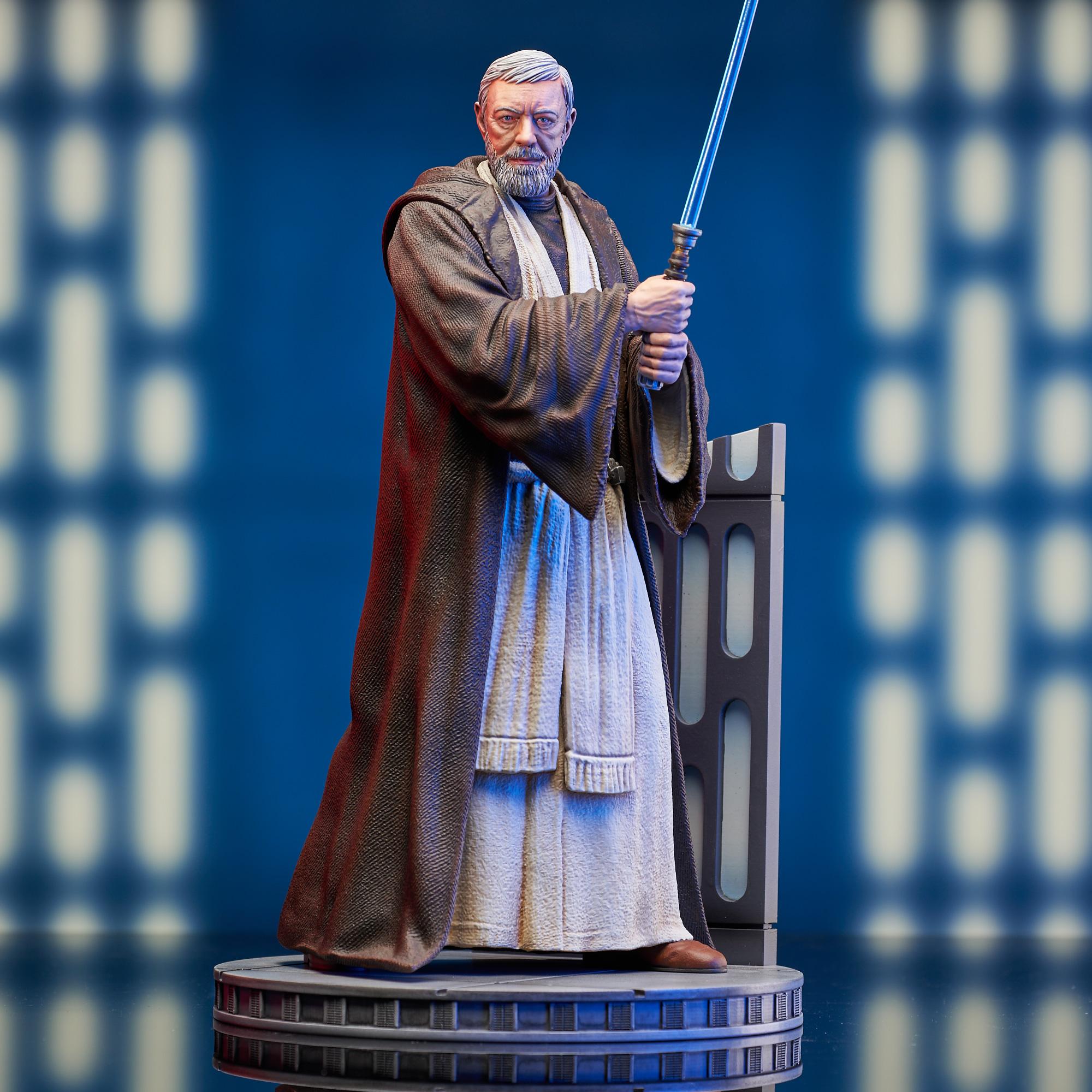 Star Wars: A New Hope™ - Ben Kenobi™ Milestone Statue